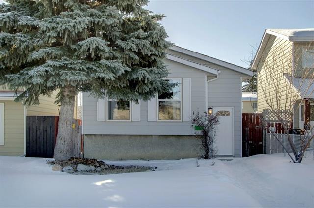132 Erin Croft Crescent SE, Calgary, AB T2B 2V1 (#C4174717) :: Canmore & Banff
