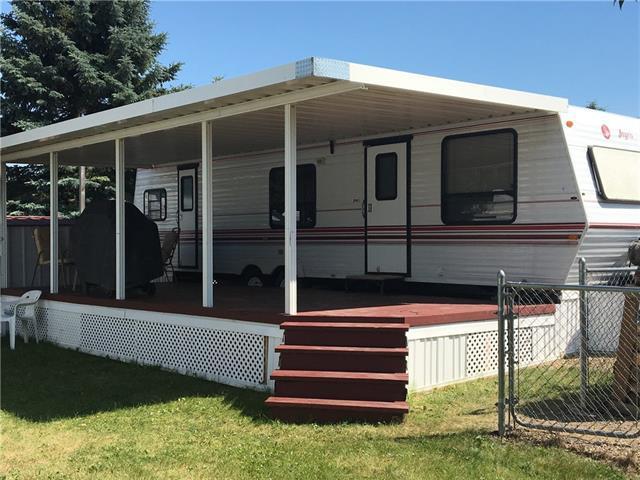 Carefree Resort, Rural Red Deer County, AB T4G 0K6 (#C4174722) :: The Cliff Stevenson Group