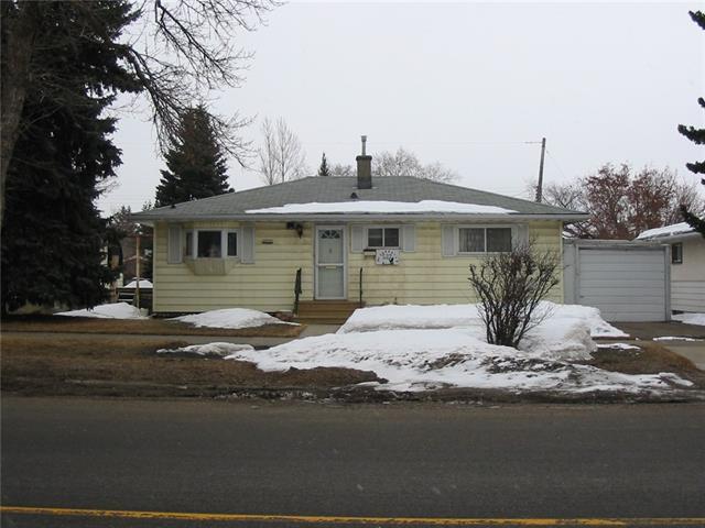 532 Northmount Drive NW, Calgary, AB T2K 3H9 (#C4174936) :: The Cliff Stevenson Group
