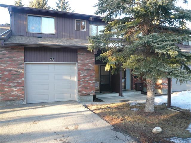 2323 Oakmoor Drive SW #15, Calgary, AB T2V 4T2 (#C4175150) :: Redline Real Estate Group Inc
