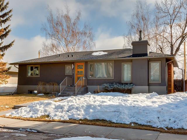 36 Mayfair Road SW, Calgary, AB T2V 1Y6 (#C4175151) :: Canmore & Banff