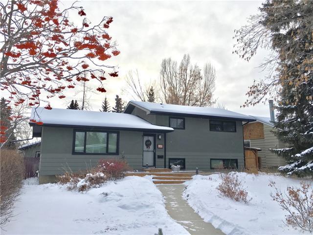 112 Waskatenau Crescent SW, Calgary, AB T3C 2X6 (#C4175182) :: Canmore & Banff