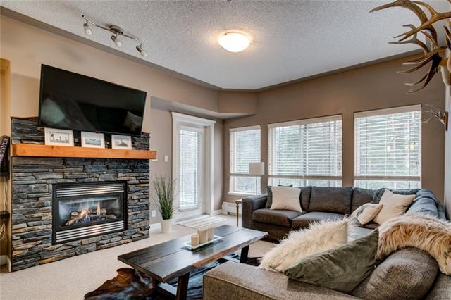 10 Discovery Ridge Close SW #308, Calgary, AB T3H 5X3 (#C4175198) :: Redline Real Estate Group Inc
