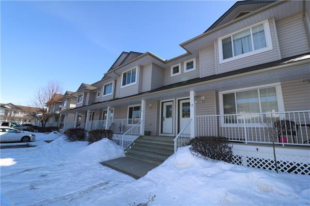 4 Stonegate Drive NW #21, Airdrie, AB T4B 2T2 (#C4175344) :: Canmore & Banff