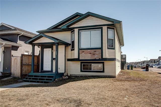 106 Taracove Estate Drive NE, Calgary, AB T3J 3E4 (#C4175399) :: Redline Real Estate Group Inc