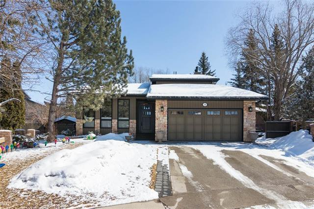 248 Pump Hill Gardens SW, Calgary, AB T2Y 4M6 (#C4175555) :: Redline Real Estate Group Inc