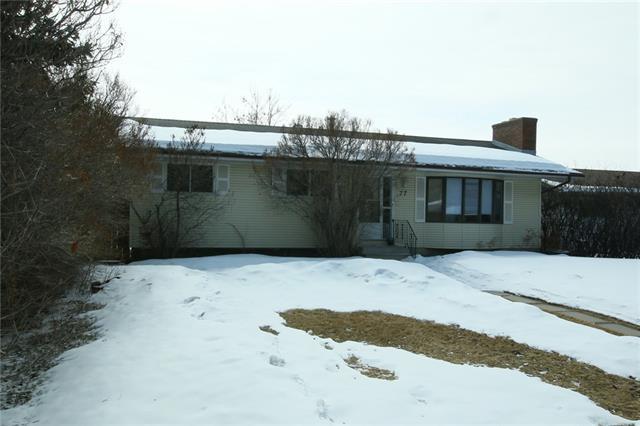 77 Carolina Drive, Cochrane, AB T4C 1G5 (#C4175593) :: Redline Real Estate Group Inc