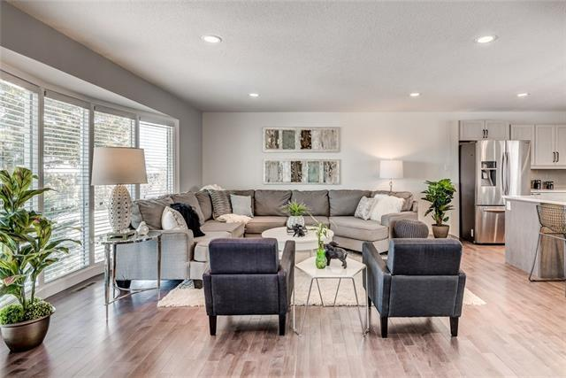 1215 Lake Bonavista Drive SE, Calgary, AB T2J 0N9 (#C4176220) :: Redline Real Estate Group Inc