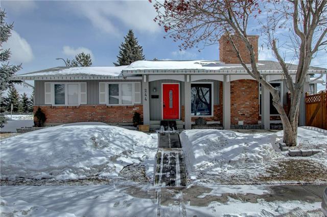 244 Lake Rosen Crescent SE, Calgary, AB T2J 3M1 (#C4176427) :: Redline Real Estate Group Inc
