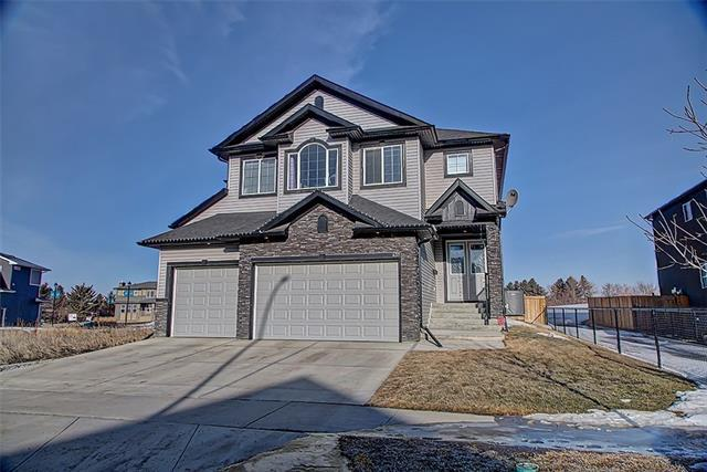 437 Kinniburgh Boulevard, Chestermere, AB T1X 0P4 (#C4176525) :: Redline Real Estate Group Inc