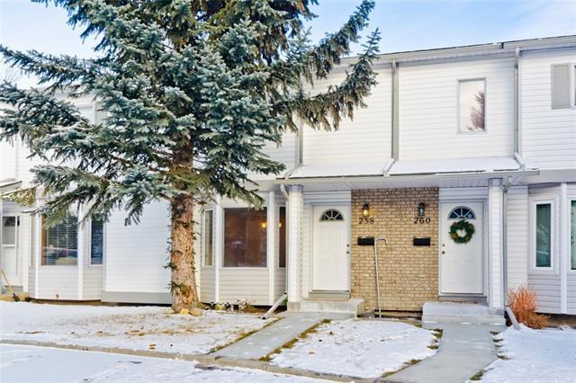 258 Cedarwood Park SW, Calgary, AB T2W 5X6 (#C4176648) :: Redline Real Estate Group Inc