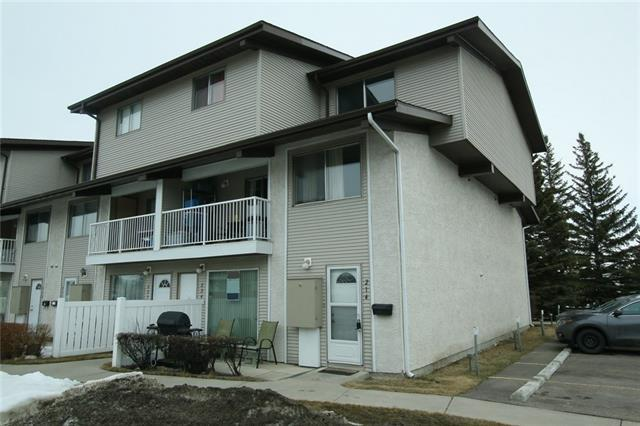 200 Brookpark Drive SW #214, Calgary, AB T2W 3E5 (#C4176825) :: Canmore & Banff