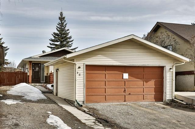 98 Abadan Crescent NE, Calgary, AB T2A 6N9 (#C4176863) :: Canmore & Banff