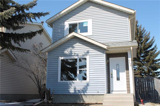 72 Castledale Way NE, Calgary, AB T3J 2A2 (#C4177096) :: Redline Real Estate Group Inc