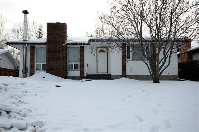 639 Cedarille Way SW, Calgary, AB T2W 2G8 (#C4177153) :: Redline Real Estate Group Inc