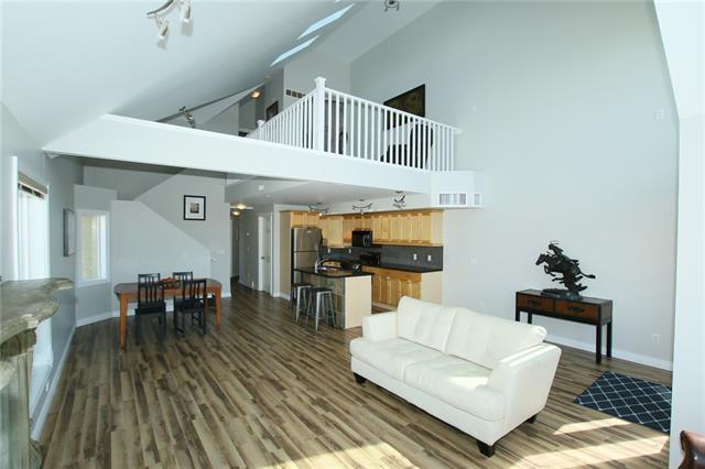 2306 17B Street SW #402, Calgary, AB T2T 4S8 (#C4177172) :: Redline Real Estate Group Inc
