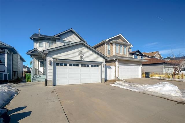 141 Martinvalley Crescent NE, Calgary, AB T3J 4L7 (#C4177175) :: The Cliff Stevenson Group