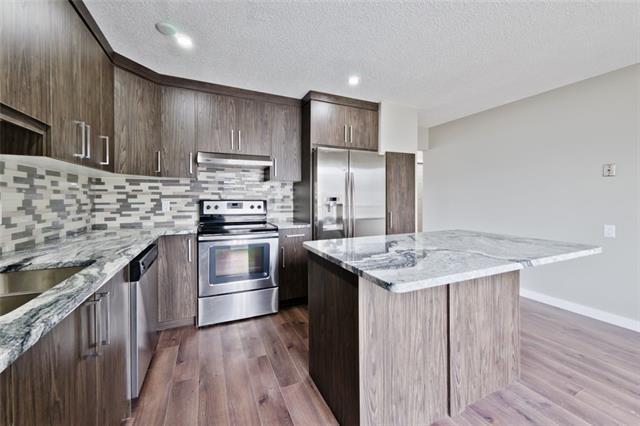 263 Doverview Crescent SE, Calgary, AB T2B 1Y7 (#C4177306) :: Redline Real Estate Group Inc