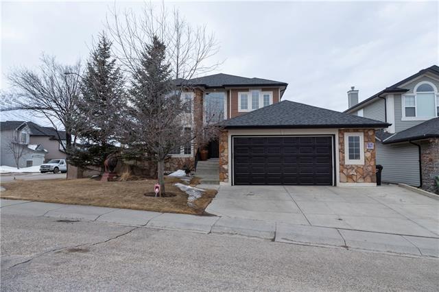 128 Valley Creek Crescent NW, Calgary, AB T3B 5V3 (#C4177371) :: Redline Real Estate Group Inc
