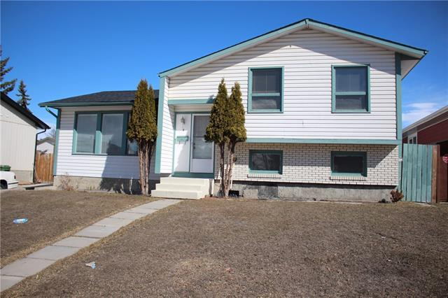 8 Whitefield Close NE, Calgary, AB T1Y 4X7 (#C4177587) :: Redline Real Estate Group Inc