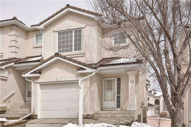 29 Hamptons Link NW, Calgary, AB T3A 5V9 (#C4177622) :: Canmore & Banff