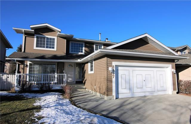 8317 Edgebrook Drive NW, Calgary, AB T3A 4W5 (#C4177643) :: Redline Real Estate Group Inc