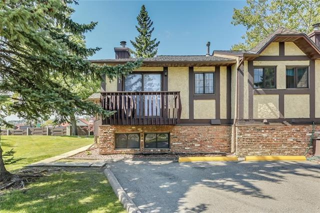 51 Storybook Gardens NW, Calgary, AB T3G 1Y7 (#C4177690) :: The Cliff Stevenson Group