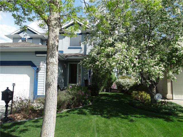 127 Somercrest Gardens SW, Calgary, AB T2Y 3K6 (#C4177958) :: Redline Real Estate Group Inc