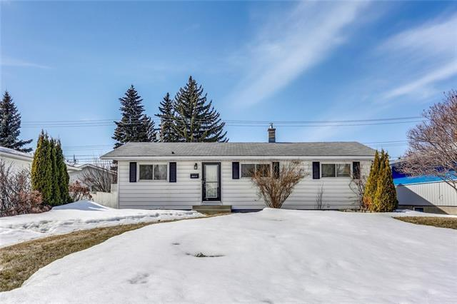8015 4A Street SW, Calgary, AB T2V 1A4 (#C4177968) :: Redline Real Estate Group Inc