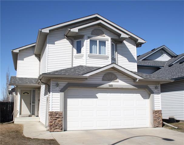 148 Douglas Ridge Circle SE, Calgary, AB T2Z 3C2 (#C4178041) :: Your Calgary Real Estate