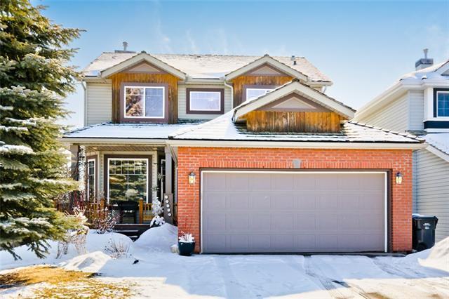18550 Chaparral Manor SE, Calgary, AB T2X 3L3 (#C4178085) :: Redline Real Estate Group Inc