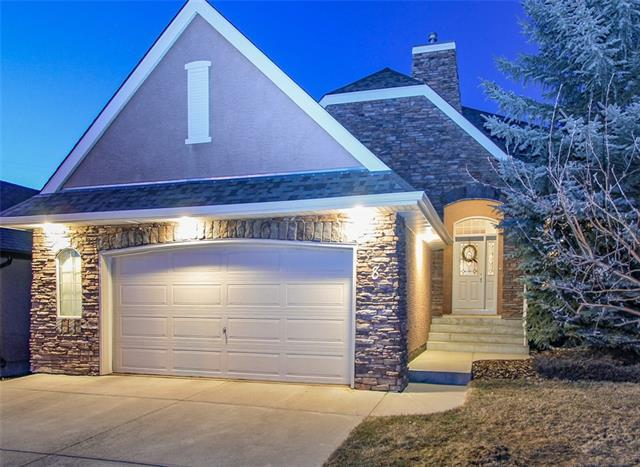 8 Strathlea Place SW, Calgary, AB T3H 4R8 (#C4178107) :: Canmore & Banff