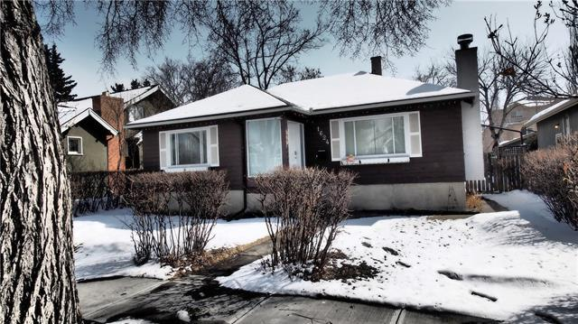 1624 4A Street NW, Calgary, AB T2M 3B2 (#C4178109) :: Canmore & Banff