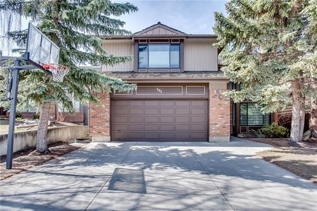 104 Oakmount Way SW, Calgary, AB T2V 4Y1 (#C4178130) :: Redline Real Estate Group Inc