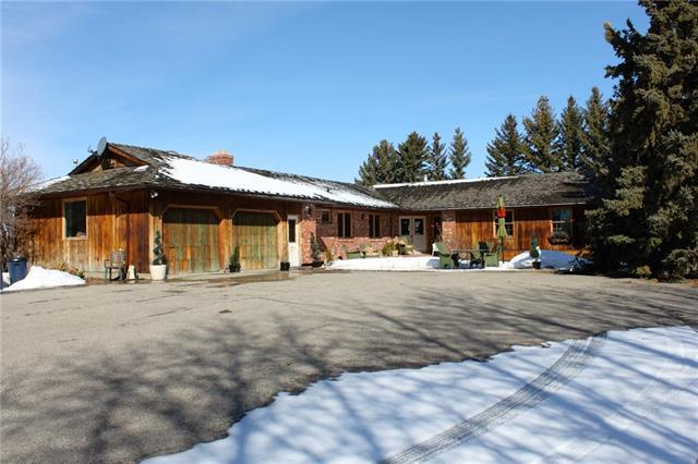 30204 Woodland Way, Rural Rocky View County, AB T3R 1G7 (#C4178157) :: Canmore & Banff