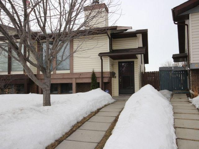 641 Whitewood Road NE, Calgary, AB T1Y 4A1 (#C4178159) :: Redline Real Estate Group Inc