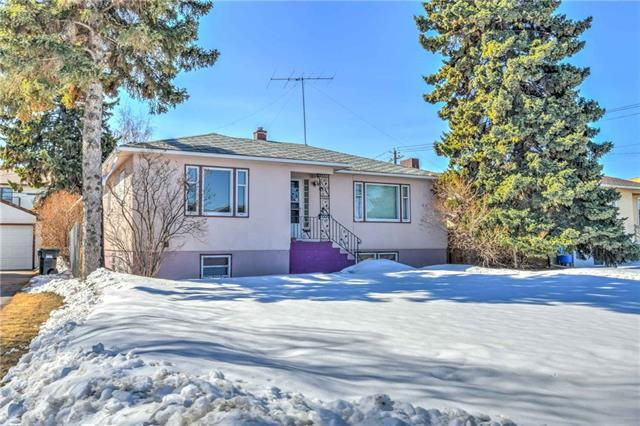 117 24 Avenue NE, Calgary, AB T2E 1W7 (#C4178185) :: Redline Real Estate Group Inc