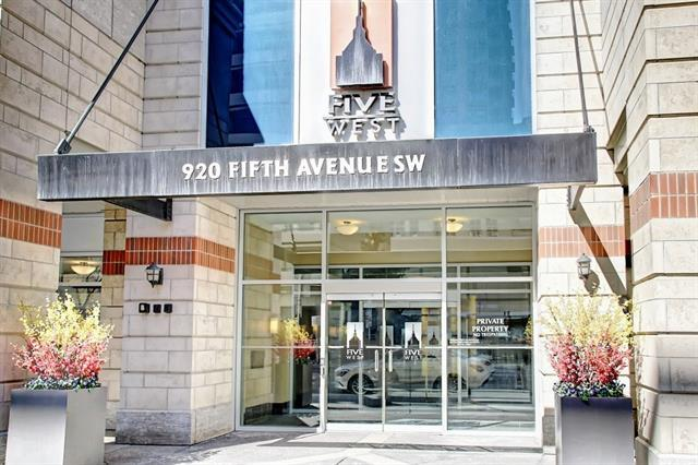 920 5 Avenue SW #1801, Calgary, AB T2P 5P6 (#C4178198) :: Redline Real Estate Group Inc