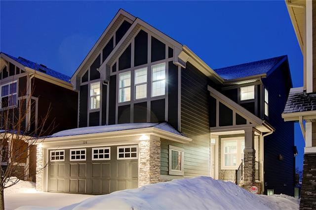 126 Valley Pointe Way NW, Calgary, AB T3B 6B2 (#C4178202) :: Redline Real Estate Group Inc