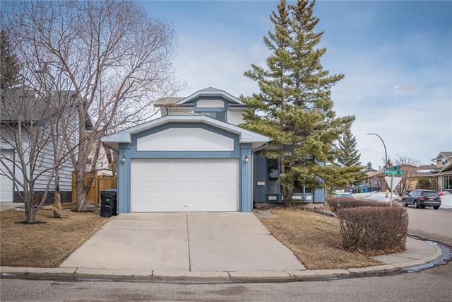 28 Ranchridge Road NW, Calgary, AB T3G 1V8 (#C4178276) :: Redline Real Estate Group Inc