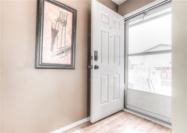 95 Cedarwood Hill(S) SW, Calgary, AB T2W 3H4 (#C4178287) :: Redline Real Estate Group Inc