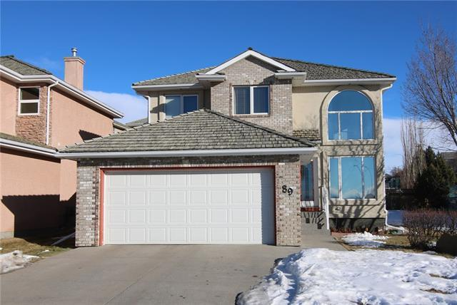 89 Royal Crest Terrace NW, Calgary, AB T3G 4M2 (#C4178292) :: Redline Real Estate Group Inc