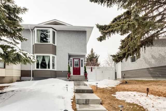 5 Edgeford Way NW, Calgary, AB T3A 2S9 (#C4178467) :: Redline Real Estate Group Inc