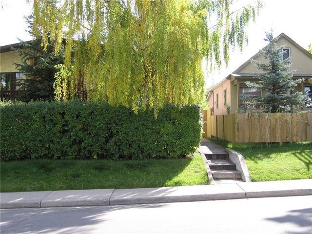 135 31 Avenue NE, Calgary, AB T2E 2E8 (#C4178609) :: Redline Real Estate Group Inc