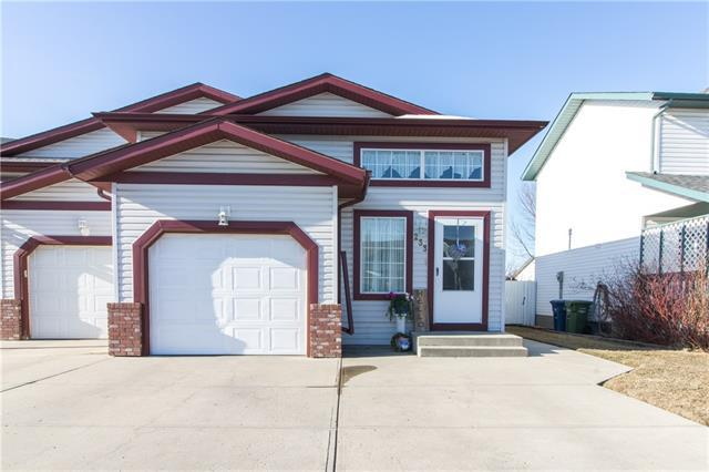 233 Willowbrook Close NW, Airdrie, AB T4B 2J6 (#C4178686) :: Redline Real Estate Group Inc