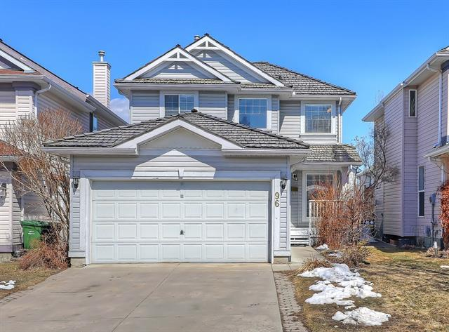 96 Mt Selkirk Close SE, Calgary, AB T2Z 2R6 (#C4178769) :: Canmore & Banff