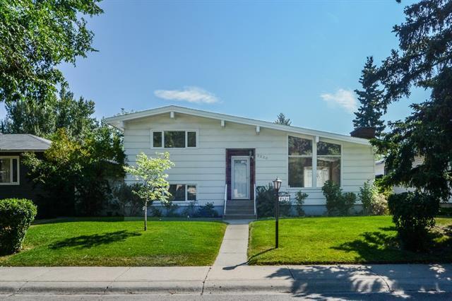 8220 Churchill Drive SW, Calgary, AB T2V 2S6 (#C4178798) :: The Cliff Stevenson Group