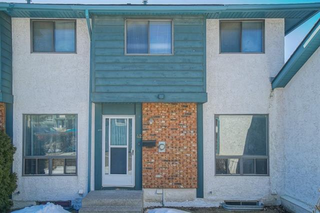 6915 Ranchview Drive NW #42, Calgary, AB T3G 1R8 (#C4178830) :: Redline Real Estate Group Inc