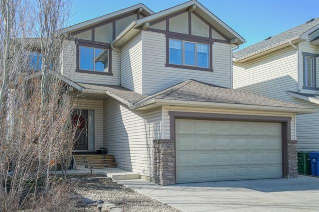 105 Pantego Road NW, Calgary, AB T3K 0B7 (#C4178901) :: Redline Real Estate Group Inc