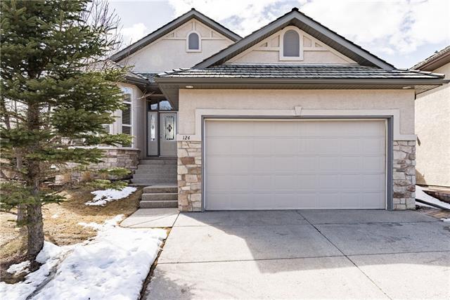 124 Gleneagles Estates Lane, Cochrane, AB T4C 2H7 (#C4178907) :: Your Calgary Real Estate